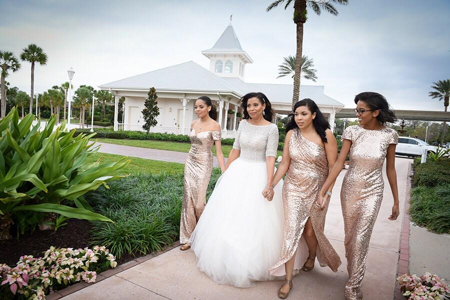 Wedding Vow Renewal.Walt Disney World Vow Renewal Spotlight Rochelle Bill Disney